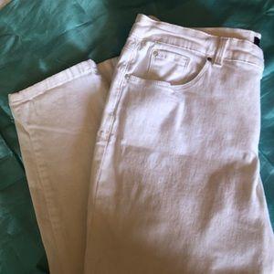WOMANS White Jeans-16